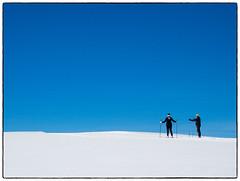 Skiløpere (Krogen) Tags: norge norway norwegen akershus romerike ullensaker hovin krogen vinter winter olympusomd