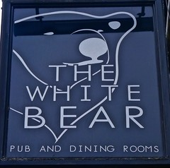 The White Bear - Middlewich, Cheshire. (garstonian11) Tags: pubs pubsigns realale cheshire middlewich gbg2018 camra