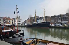 Hudson (Hugo Sluimer) Tags: sleepboot sleepboothaven maassluis nederland zuidholland holland nederlands portofrotterdam port haven nlrtm onzehaven