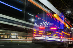 vta 522 (pbo31) Tags: boury pbo31 2018 d810 color april nikon california bayarea spring sanjose southbay santaclaracounty city urban siliconvalley night dark black cityhall eastsantaclarastreet lightstream bus stop vta transit motionblur roadway 522
