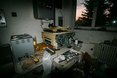 kopírka (kukubik) Tags: office urbex copy copier indoor work old