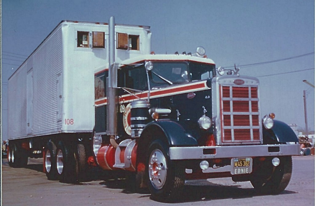 The World\'s Best Photos of peterbilt and trailer - Flickr Hive Mind