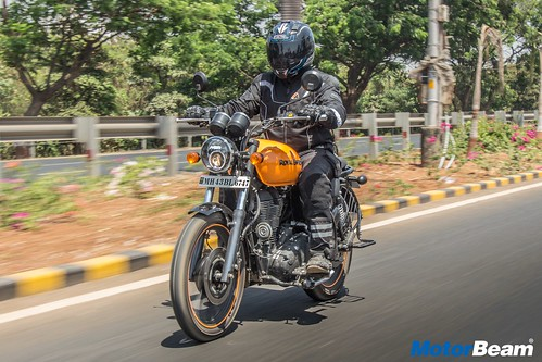 Royal-Enfield-Thunderbird-500X-18