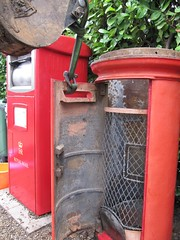Post Box Recovery - Day 2 - Supporting the door (kitmasterbloke) Tags: postbox royalmail edwardviii abdication pillar red mail letter delivery historic halstead essex uk outdoor