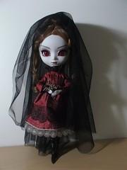 Lady Bathory (it's_a_secret) Tags: pullip carmila groove jun planning dolls