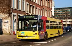 5890 1 (brossel 8260) Tags: belgique bus tec liege
