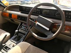 1983 Rover Vitesse V8 3.5Litre Manual Gear Box (mangopulp2008) Tags: isle wight classic car extravaganza 2017 1983 rover vitesse v8 35litre manual gear box