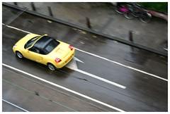 Rain is upon us 3 (Gurugo) Tags: car amsterdam yellow speed lafotodelasemana weteringschans rainisuponus lfs082006 utatacolorblack utataview