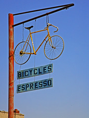 Bicycles Expresso (FotoEdge) Tags: classic coffee bicycle chains peace ride acme spokes helmet bikes bicycles chain kansascity tape missouri commute frame algore brakes environment peacesign expresso titanium waterbottle kcmo cycles pads sharetheroad sensible magnesium caliper downtownkc fotoedge acmebikes acmebicyclecompany sewups
