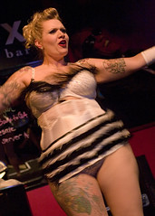 Loretta Sin (Chris Blakeley) Tags: seattle burlesque chopstix glitzkrieg lorettasin