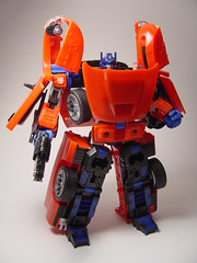 prime transformers dodge optimus ram optimusprime alternators jquiz wirednewstransformers