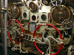 Some submarine controls (slambo_42) Tags: wheels navy submarine explore controls complex wi gauges usscobia manitowoc twtmetheme