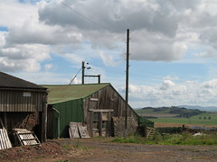 Farmstead and Hume castle (billtam) Tags: old buildings scotland farmstead scottishborders humecastle ecsochistory