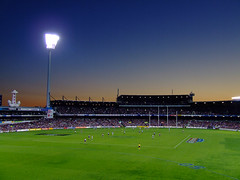 Sunset at Subi [explored] (jp3g) Tags: goal finals behind fremantle westcoast footy aussierules afl footbal dockers subiaco fremantledockers subiacooval