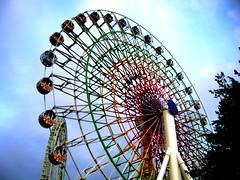 2006-09-03 054e (megabn) Tags: park wheel japan amusement ferris roller coaster yamanashi fujiq fujikyu