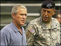 Honerre and Bush (wpertuit2) Tags: return 141