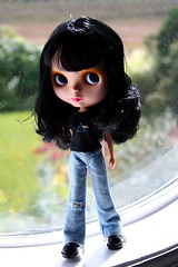 I'll see you on the Dark Side of the Moon! (rockymountainroz) Tags: goldie squeakymonkey blythedolls cocoshoes