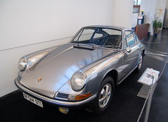 Porsche 911 - Stainless Steel (4mediafactory) Tags: steel porsche stainless porsche911 stahl hawkwind rostfrei silvermachine