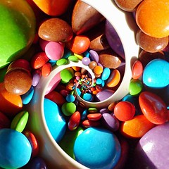 Smarties: Inverted Double Spiral (-1,2) (gadl) Tags: colors catchycolors square spiral candy bright infinity smarties recursion sweets recursive catchy bonbons spirale drosteeffect milkchocolate sugarcoated recursivity infini selection1 lentilky 3wayicon droste:p1=1 droste:p2=2