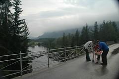 A picnic? Here? (hilarity100) Tags: bridge matt picnic sweden ness mot hilarity hilarity100