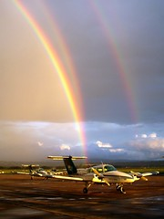 Duches (Tonyfatty) Tags: rainbow beechcraft beech duchess be76