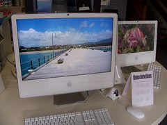 "iMac 24"" vs iMac 17"" Series, no.2"