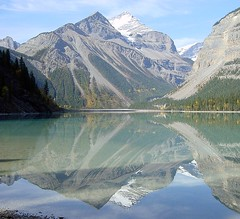 Mirror Lake... no, Kinney Lake! (Claude@Munich) Tags: lake canada reflection geotagged britishcolumbia explore rockymountains provincialpark kinneylake cotcmostinteresting claudemunich top20reflections top2020 abigfave mountrobsonpp geo:lat=53077218 geo:lon=119184666 explore92061101 top20reflections20 firsttheearth