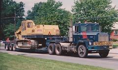 IH Paystar 5000 Low boy (PAcarhauler) Tags: ih international truck tractor semi trailer