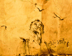 graffiti granada (_tonidelong) Tags: españa streetart graffiti spain stencil andalucia granada grafito