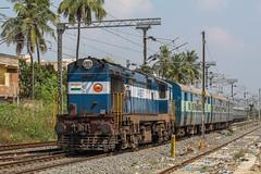 GOC WDG 3A | Pondicherry Passenger (Sajin Panchil) Tags: indianrailway wdg3a passenger alco
