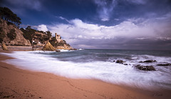 Lloret de Mar _XT25910 (Alberto Estella) Tags: fuji fujifilm fujinon esfujifilmx xt2 1024 sky sea seascape sun sunrise rocks landscape longexposure largaexposicion llargaexposicio clouds cloudy morning light mar catalunya sunset cold ice lake montaña cielo agua paisaje mirador costa arena nubes roca bosque campo reflejos petroli océano bahía playa beautiful blue mountains barcelona water panoramic españa europe albertoestella paysage