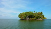 Cabin in the Woods, on the Water (Eye of Brice Retailleau) Tags: angle beauty composition landscape nature outdoor paysage perspective scenery scenic view extérieur backpacking earth travel vista light water waterscape eau calme sunny summer coast colourful colours panorama sky ciel blue bleu azul isla ile island america latinaamerica central nicaragua granada lac lake lago cocibolca trees house