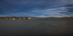 Wasserburg in der Abendsonne (N1K081) Tags: berge bodensee himmel kirche lakeconstance landscape landschaft mountains ndfilter see sky wasser wasserburg water glatt lake