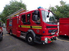 5928 - WMFS - BX10 JYR - 101_0058 (Call the Cops 999) Tags: uk gb united kingdom great britain england vehicle vehicles 999 112 emergency service services west midlands wmfs fire open day brierley hill community station 26 august 2017 volvo fl bx10 jyr tru technical rescue unit wednesbury jdc john dennis coachbuilders