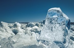 cristal qui fond (Micdes 2013) Tags: glace neige hiver ice snow winter