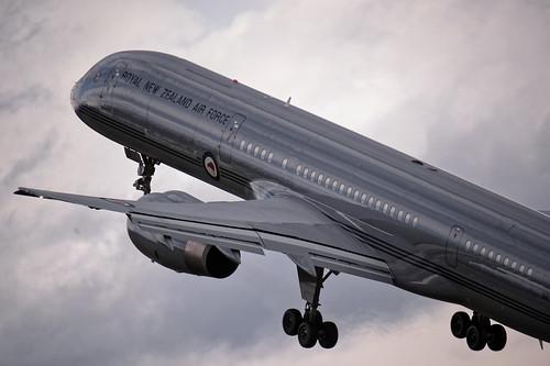 RNZAF Boeing 757-2K2