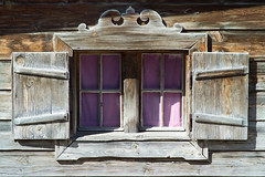 Bayrisches Fenster / Bavarian window (Splitti68) Tags: deutschland germany europa europe bayern bavaria rottachegern fenster window holz wood holzfenster architekturdetail architektur splitti splitti68 splittstöser splittstoesser d7100 nikon 架构 архитектура