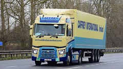 151-MH-3118 (panmanstan) Tags: renault range wagon truck lorry commercial freight transport haulage vehicle a63 everthorpe yorkshire