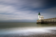 Le Tréport Lighthouse (Tony N.) Tags: france letréport phare lighthouse sea mer seascape seashore rivage shore poselongue longexposure nisi clouds nuages sky ciel tonyn tonynunkovics d810 vanguard nd1000 gnd8 cplpro normandie hautenormandie