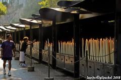 Lourdes 142-A (José María Gil Puchol) Tags: aquitaine basilique boujie catholique cathédrale cierge eau eaumiraculeuse fidèle france handicapé jeanpaulii josémariagilpuchol lourdes paysbasque pélèrinage religion