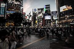 Shibuya 10 (___Oscar___) Tags: canon eos 70d sigma 2470 japan city cityscape citiscape tokyo skyscraper urban urbanlovers urbanscape lovelycity picture pic photo perspective architecture shoot dinamic dark dslr hdr highdinamicrange highcontrast reflex contrast building