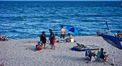 Beach People (LarryJay99 ) Tags: 2018 lakeworth florida lakeworthbeach atlanticocean men male man guy guys dude dudes manly virile studly stud masculine sexyman blue horizon people