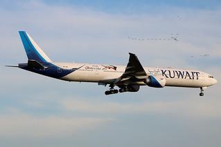 9K-AOI   Boeing 777-369ER   Kuwait Airways