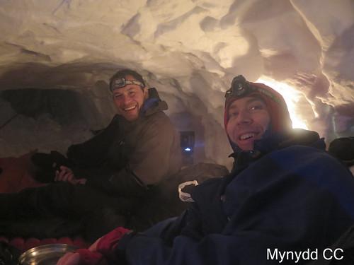 Matt and Alex in the snow hole_Photo Alex S