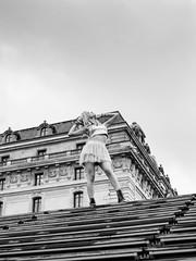 Musée d'Orsay (Nathanaël Photo) Tags: 75007 cheveuxlongs france genesislolipop jupe modèle muséedorsay paris parisbyelles uneseulefemme