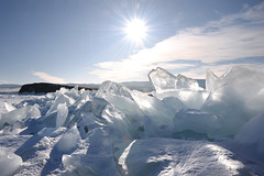 Ice cubes (MelindaChan ^..^) Tags: lake baikal 貝加爾湖 siberia russia 俄羅斯 西伯利亞 2018 chanmelmel mel melinda melindachan ice snow people nature winter cold frozen life travel pine tree slope alkhon island 奧爾洪島