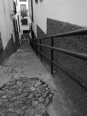 Realejo (Pablo Utrilla) Tags: streetphotography streetphoto street spain stairs woman blackandwhite bw bnw calle granada europe españa