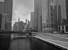 More (ancientlives) Tags: chicago chicagoriver illinois il usa travel trips downtown loop river riverwalk buildings towers streetphotography bridges skyscrapers skyline city cityscape monochrome mono blackandwhite bw weather snow walking wednesday april 2018 spring