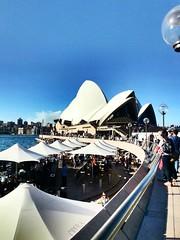 • Opera House • {Sydney} (martinasabbatini) Tags: bar azzurro ombrelloni nuvole sky dall'altrapartedelmondo bellezza auditorium musica music house opera amore love wonderful beautiful australian 2012 mare operahouse australia sydney