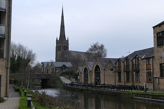 Canal, Pub & Cathedral